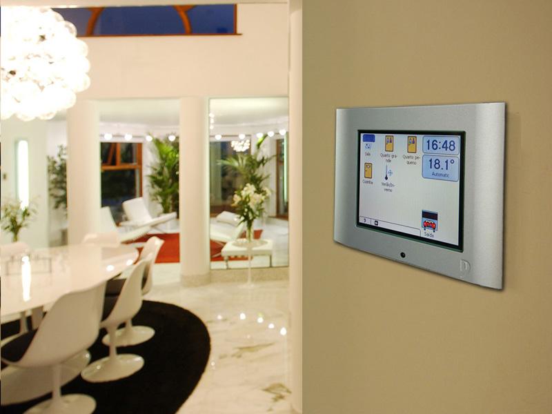 http://www.domoticall.com/es/blog-esp/para-que-sirve-un-sistema-domotico-en-una-vivienda